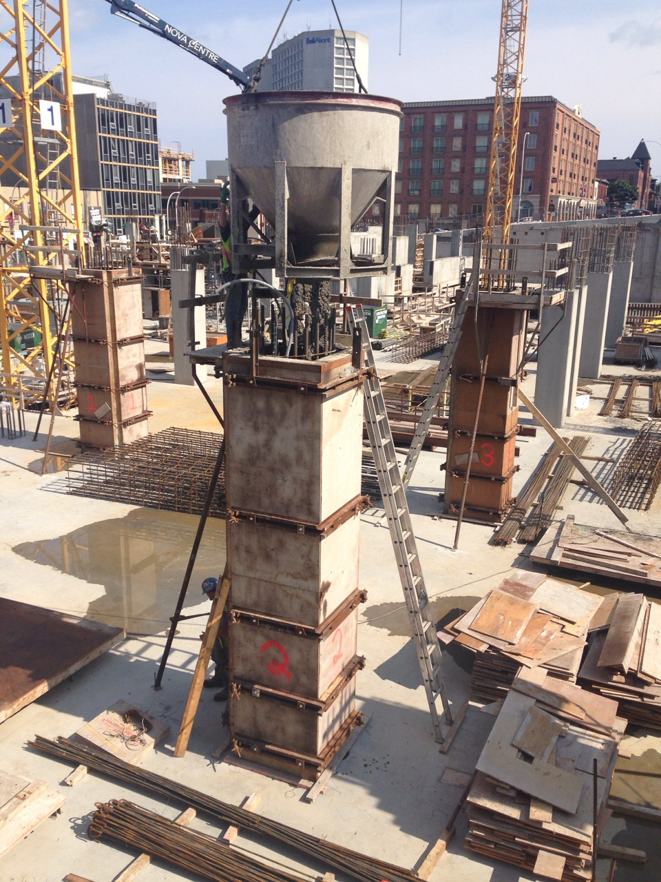 The guide to concrete construction built halifax for Premade columns