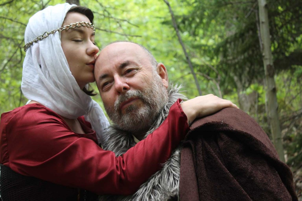 relationship between cordelia and king lear And gloucester's children: whilst cordelia and edgar show their fathers respect  and  relationships between kin and kin, king lear calls on us to rethink the.