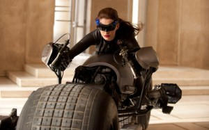 catwoman-the-dark-knight-rises-12982-400x250