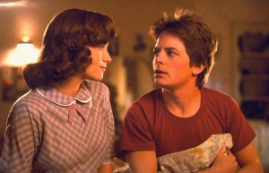 michael-j.-fox-and-lea-thompson-in-inapoi-in-viitor