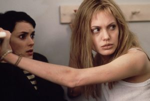 girl-interrupted-07_winona_angelina_blogspot