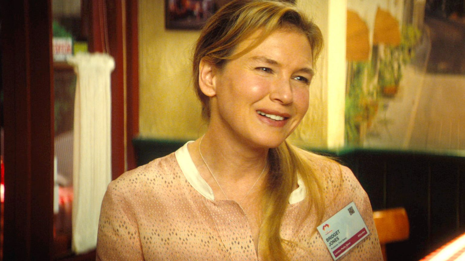 bridget jones 39 s baby review stale third outing from the famed singleton flaw in the iris. Black Bedroom Furniture Sets. Home Design Ideas