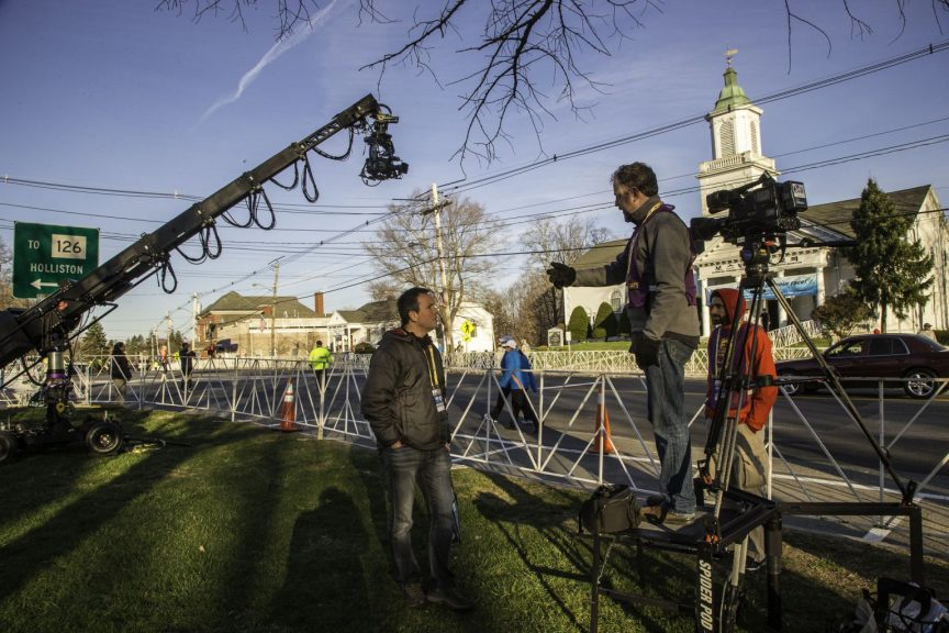 7) DirectorJonDunham-PhotoCredit Michael J. Lutch