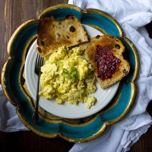 Garlic and Parmesan Scrambled Eggs + Mothers' Day Brunch Holiday Fun!
