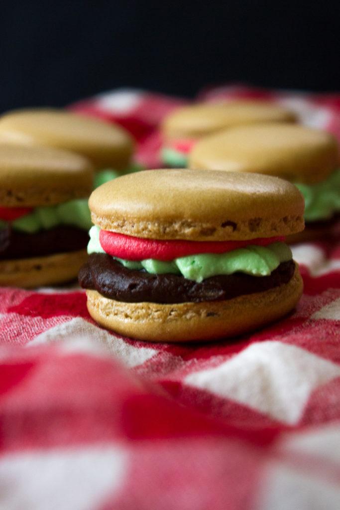 """Hamburger"" Macarons - I Say Nomato"