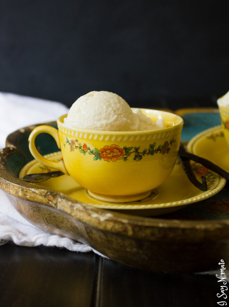London Fog No-Churn Ice Cream is a great way to enjoy that creamy, rich Earl Grey tea in a cooler form for summer!