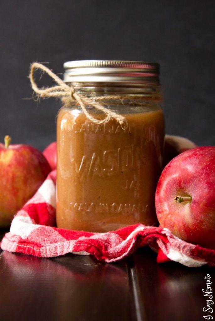 Pumpkin Spice Crockpot Applesauce - I Say Nomato
