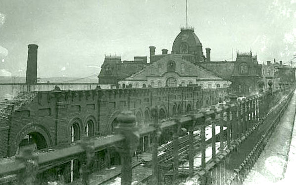 Richmond station after explosion-001