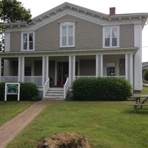 Evangeline Inn & Motel – Grand Pre, NS
