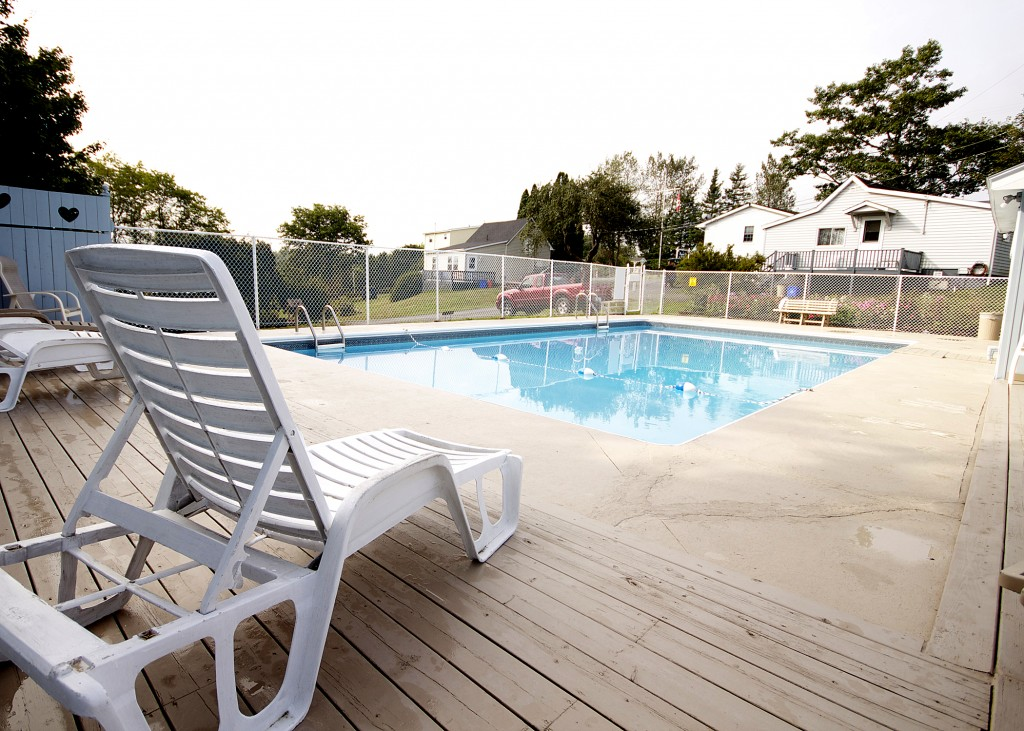 Pool Annapolis Royal Mountain Top Cottages
