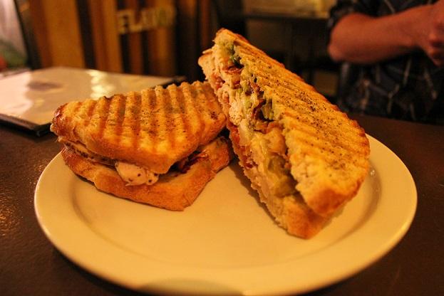 Aamzing Sandwich Flavor REstaurant Sydnes NS