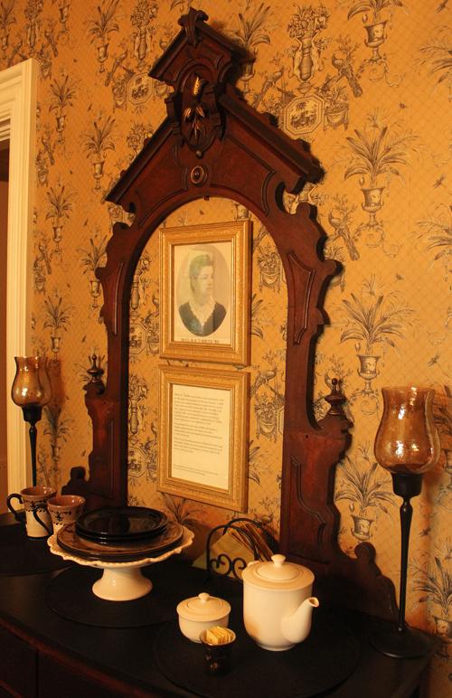 antique mirror frame art