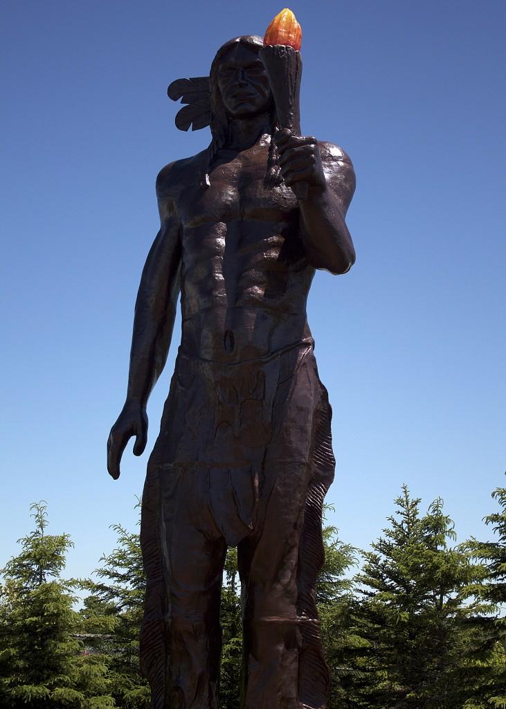 glooscap statue